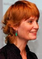 Carolyn Graves-Brown